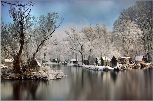 Velvet winter by Cpt_Hun