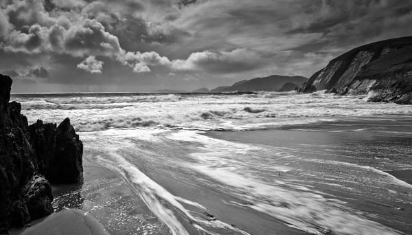 Coumeenole Beach by BrainResin