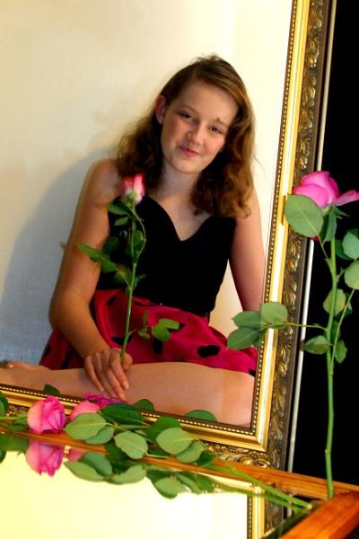 Mirror mirror by AliceLuisePhotography