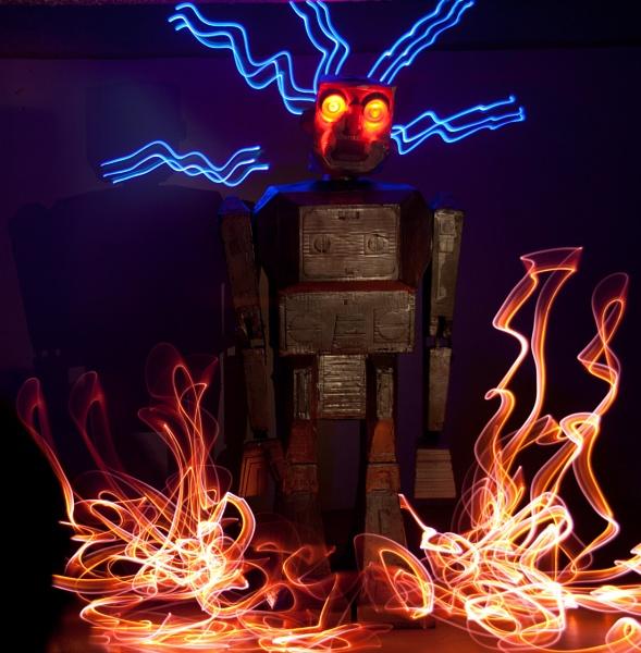 Crackling Robot by eyelevelphotographyuk