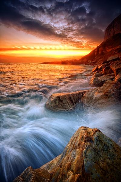 Rock-a-nore splash by macca2912