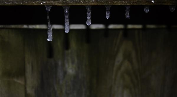 Frozen water drops by Marioks