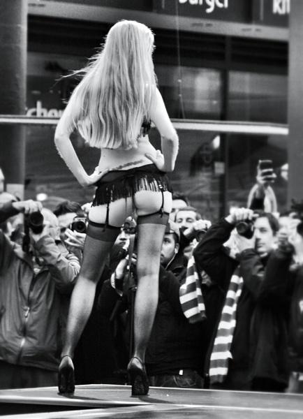 Showgirl by Richtee