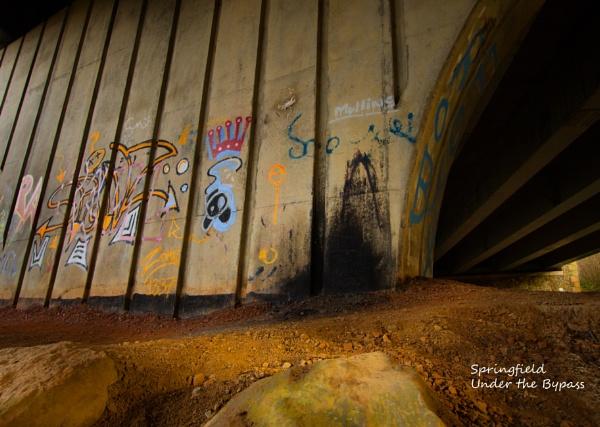 Graffiti by Rhedwr