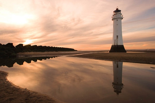Perch Rock Lighthouse by waymol