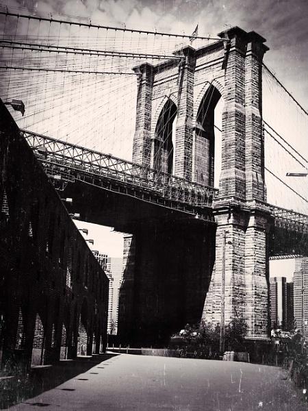 Brooklyn Bridge - 2012 by dazzi_b