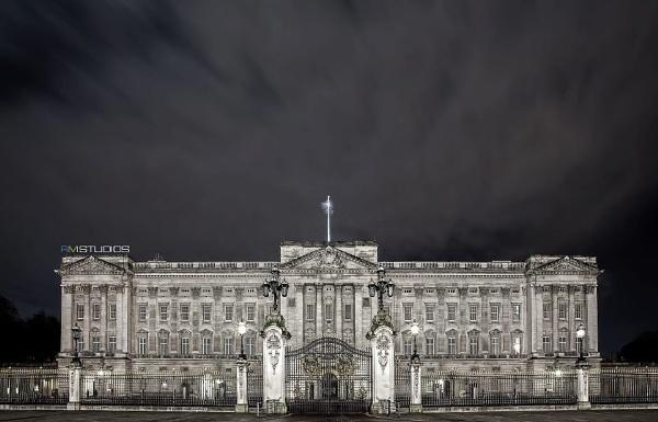 Buckingham Place by Imran_77