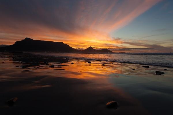 Cape Town skyline by paul_indigo
