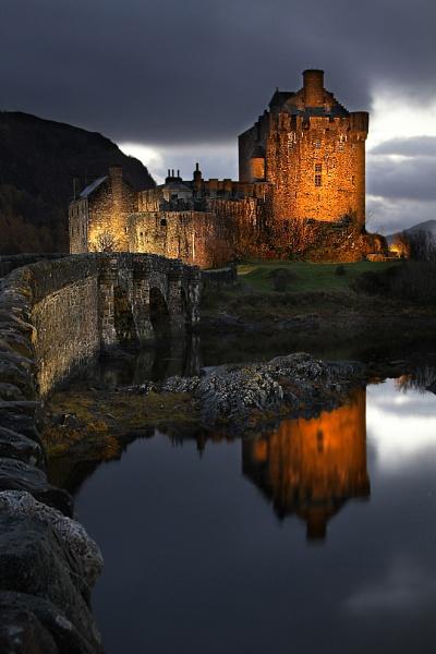 Eilean Donan Castle by wolfy