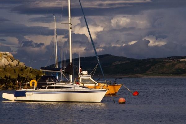 Colwyn Bay at sundown by boov