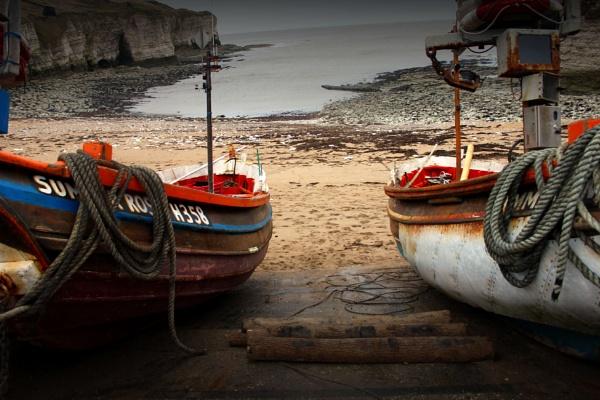Flamborough boats by Satiny