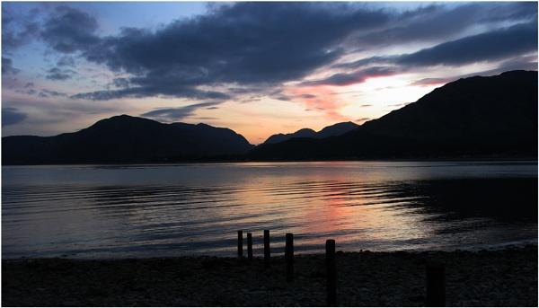 Loch Linnhie by dven