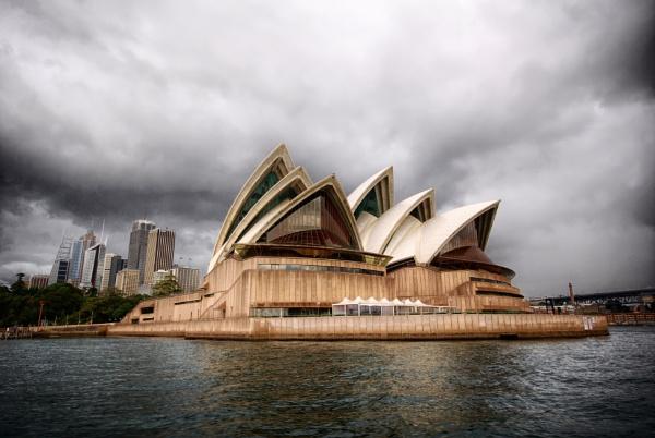 Sydney Opera House by sylwia_sylwia