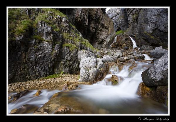Gordale Scar waterfalls by John10