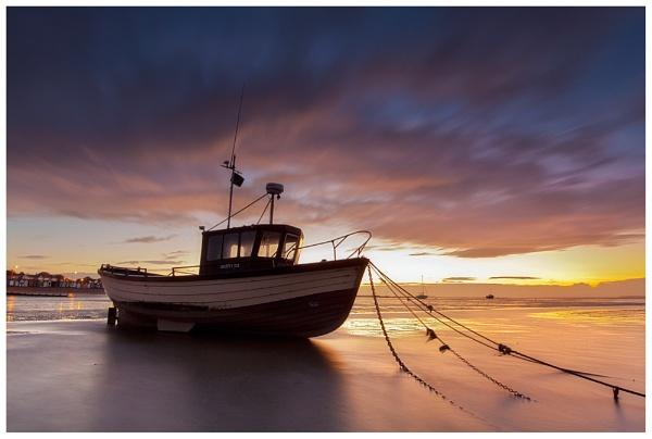Sun up... by Greyheron