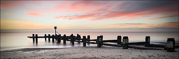Pakefield Beach by koiboy