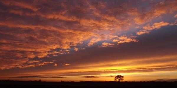 Scawcett sunset by longhoss