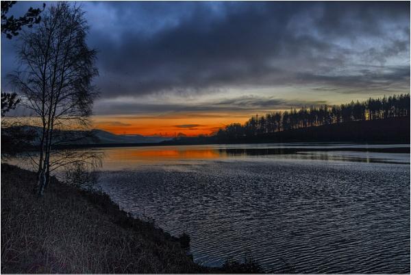 sunrise derwent valley by waggy55