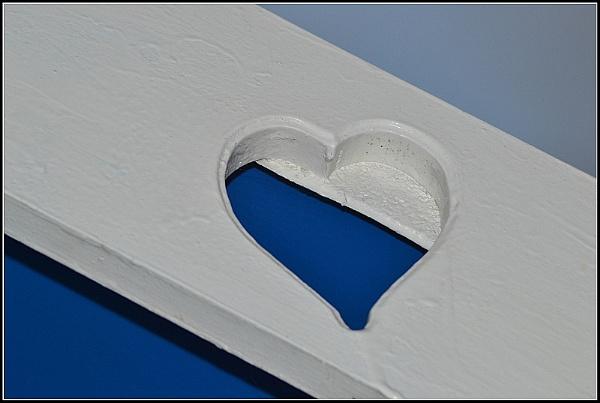 Feeling blue..... by aniamoore