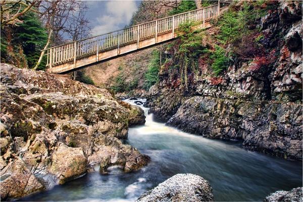 Miners Bridge by Metty