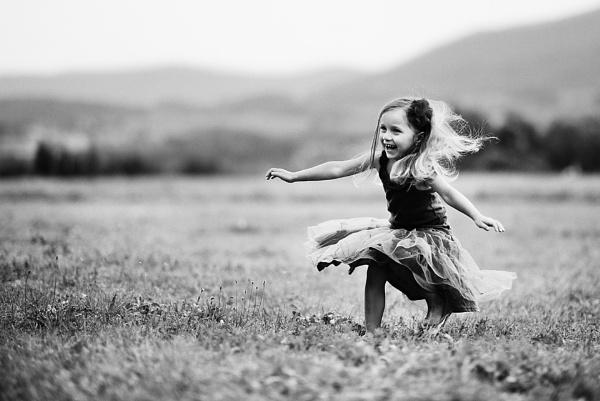 Summer joy by ZanetaFrenn