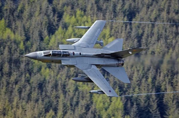 Panavia GR4 Tornado by GlenP