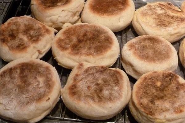 English Muffins by Joline