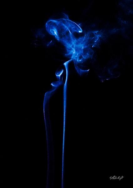 Blue Smoke 1538 by paulknight