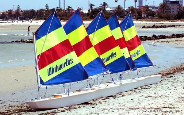 Five little sailing boats. by Jayar