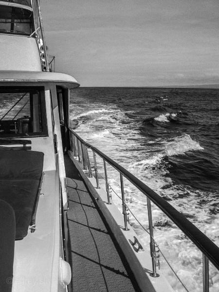 Schatten auf einem Boot