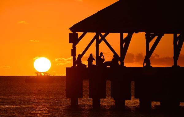 Sundown by Trevhas