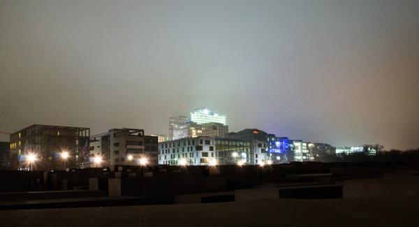 Night in Berlin by Marioks