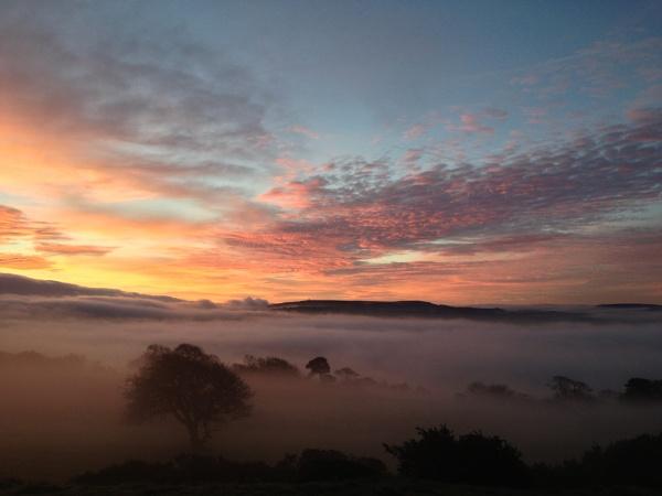 Sun rise over Blackburn by jimmy-walton