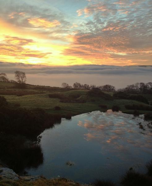 Sunrise over Blackburn by jimmy-walton