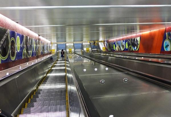 Bondi Junction Escalators by robst
