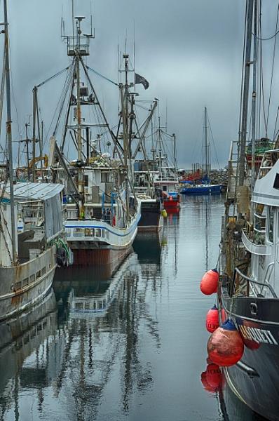 Fishing Boats by qwertshadow