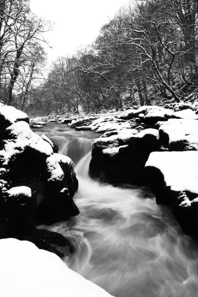 The Strid by Fotofloppy