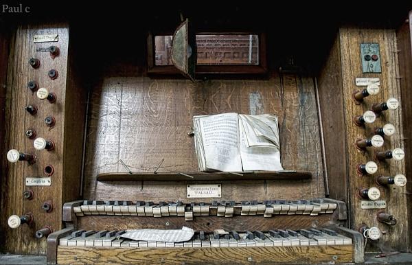 The forgotten Organ by paul_chong