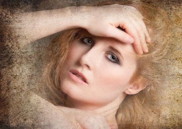 Portrait by Weeksy