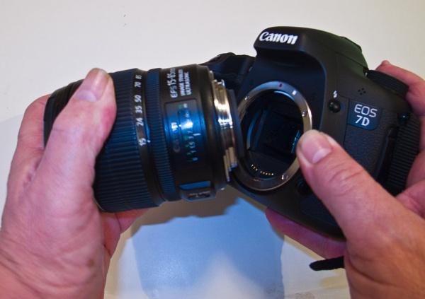 DISENGAGE   Disengage a lens. by rambler