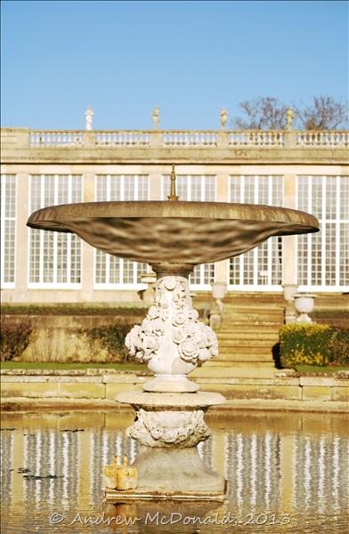 Belton Fountain by andymcdonald