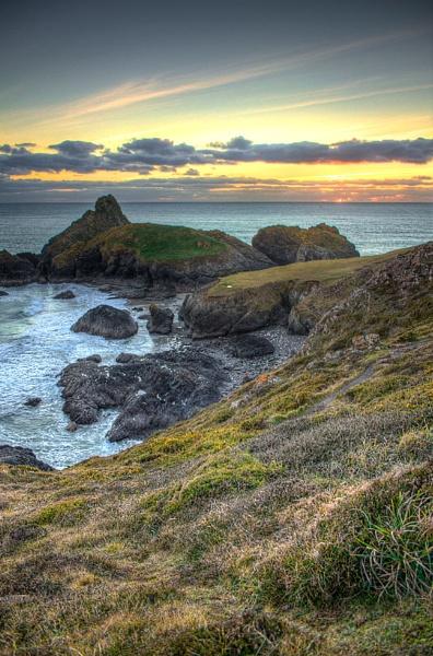 Kynance Cove by johnhiggins