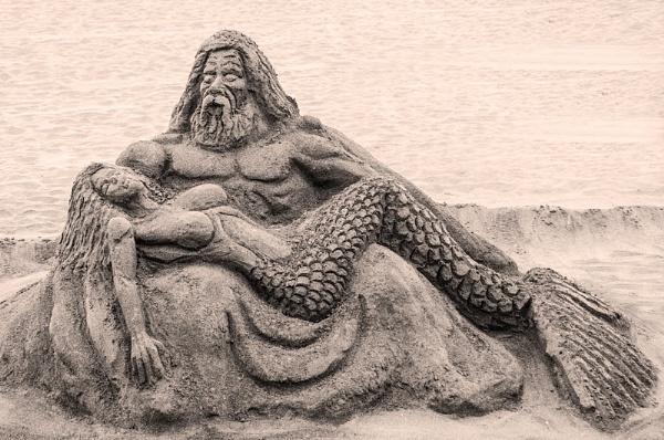 Sand castle sculpture by EddyG