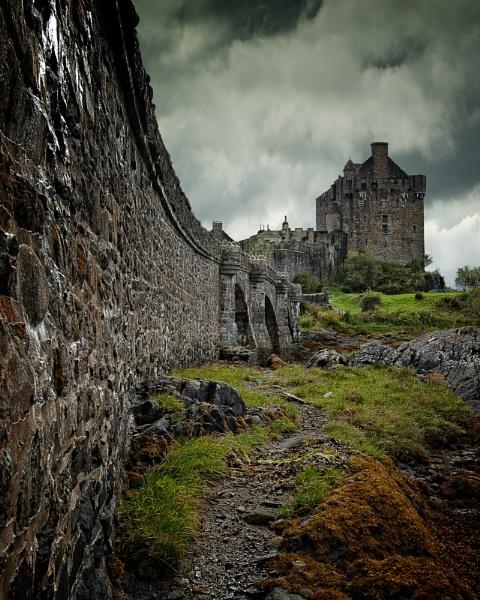 Eilean Donan Castle by kaybee