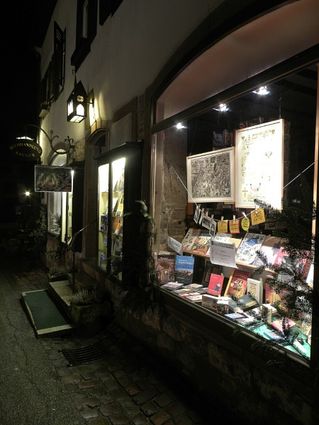 book shop - another try by Herrero