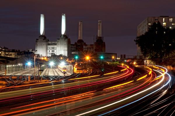 Battersea Light Trails by sdb