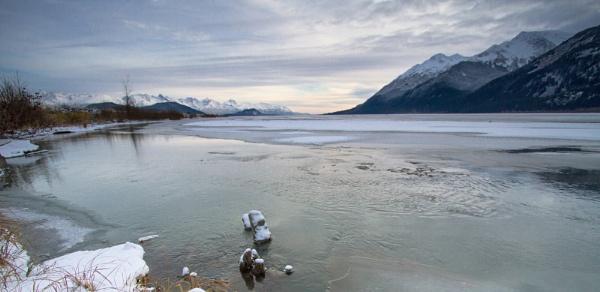 Chilkat river at Haines Alaska by davemck