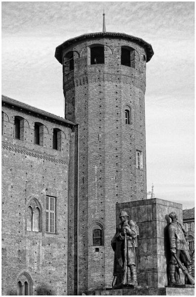 Monument by nonur