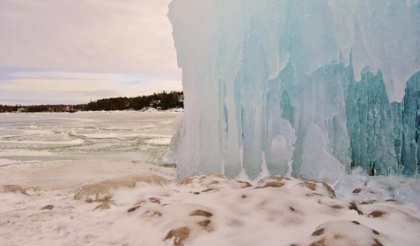 Frozen Rock by 1nikongirl