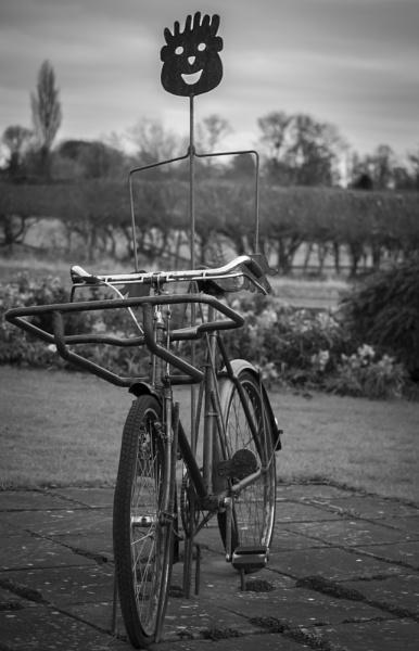Man On Bike by steveo12